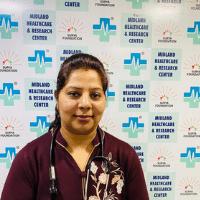 Dr Pooja Saluja - Best Dentist in Mahanagar Lucknow